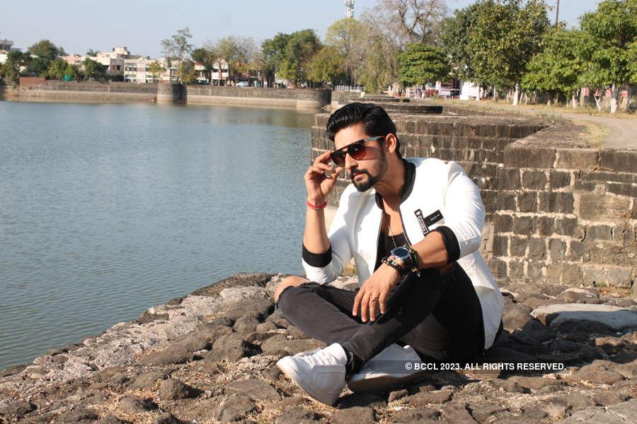 TV actor Ravi Dubey's exclusive photoshoot