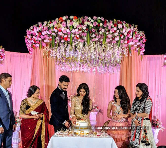 Newly-weds Gaurav Chopra and Hitisha's wedding reception