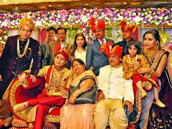 (L-R) Ankur, Ankit, Suman, RK Tiwari  and Swati (BCCL/ Pics: AS Rathor, IB Singh and Akash & Aman films)