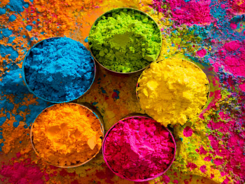 choose your favorite holi color and know your personality - Color Pictures