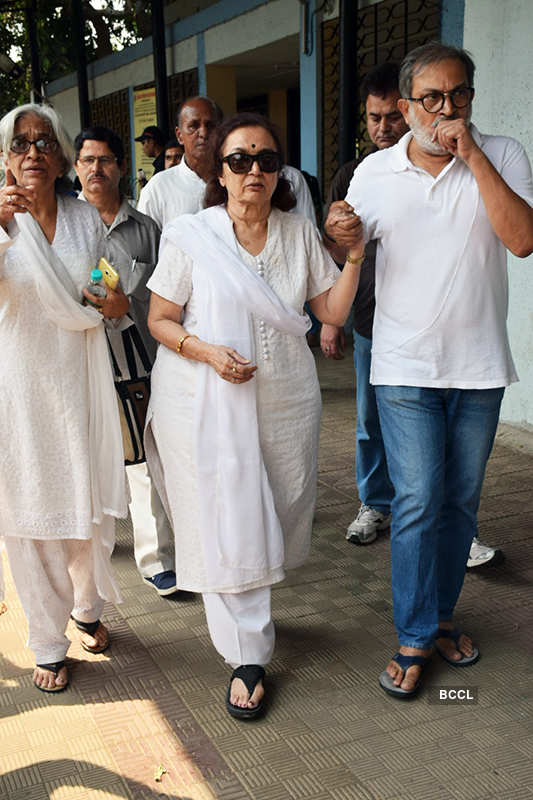 Celebrities pay last respects to veteran actress Shammi