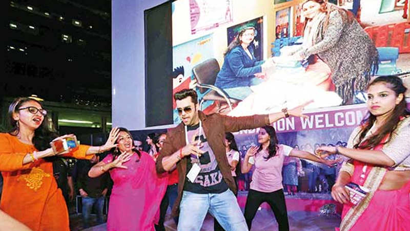 Maniesh Paul bats for menstrual hygiene on Women's Day in Gurgaon