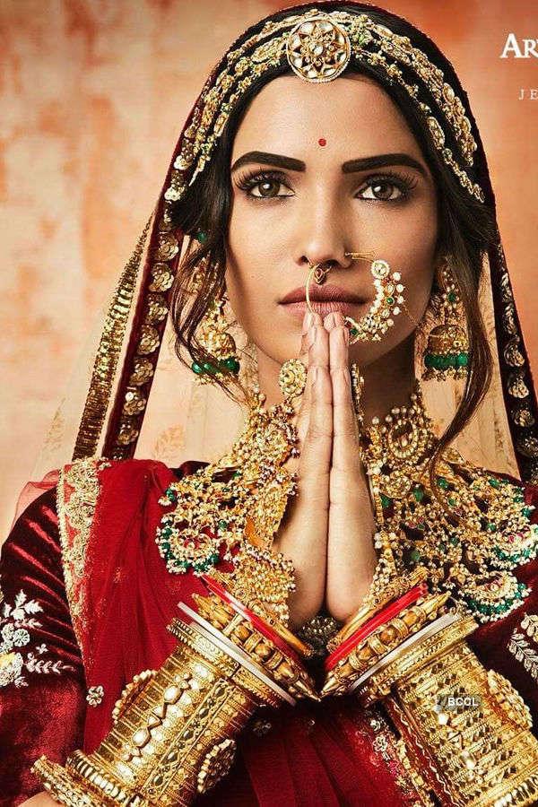 Vartika Singh graces the Indian culture