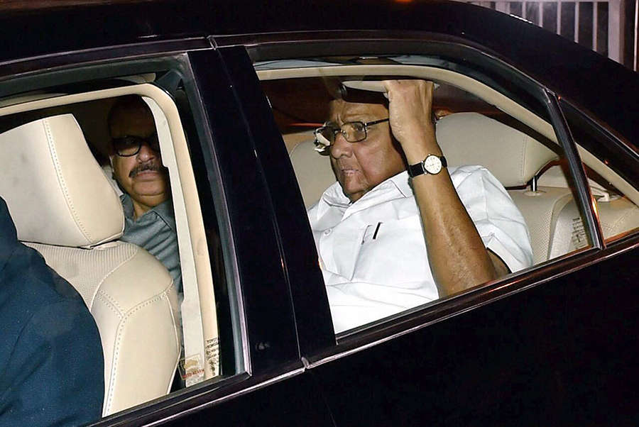 Sonia Gandhi hosts dinner for opposition parties
