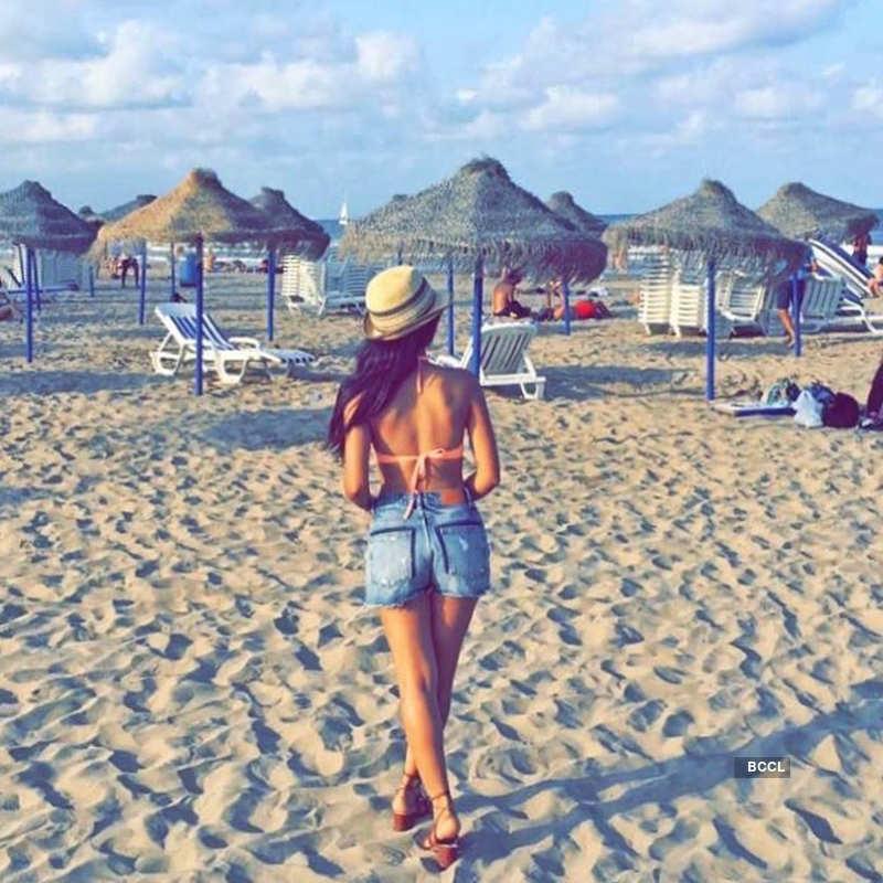Bikini-clad Tridha Choudhury is turning up the heat