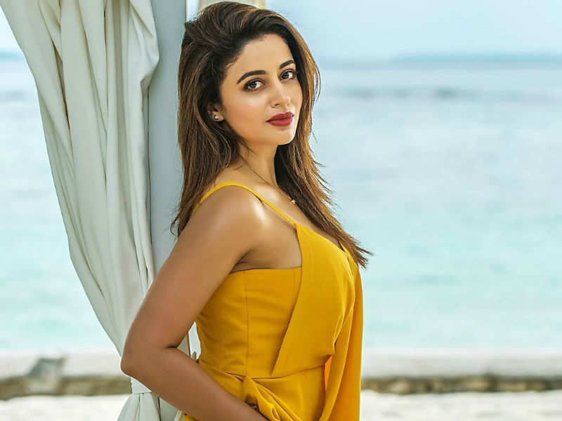 Neha Pendse in Hot Yellow Dress