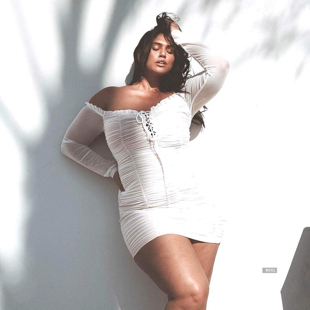 'Curves be like La'Tecia,' inspiring story of a plus-size model...