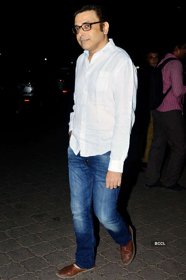 Ashutosh Gowariker, Sushant Singh, Kay Kay Menon among others attend Narendra Jha's prayer meet