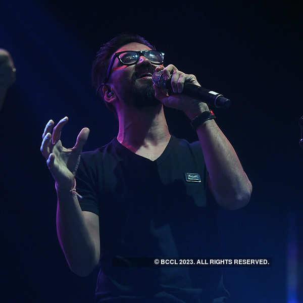 Amit Trivedi performs at Mecca