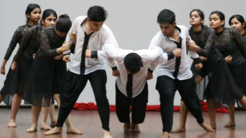 When dance met theatre at Shaheed Rajguru College