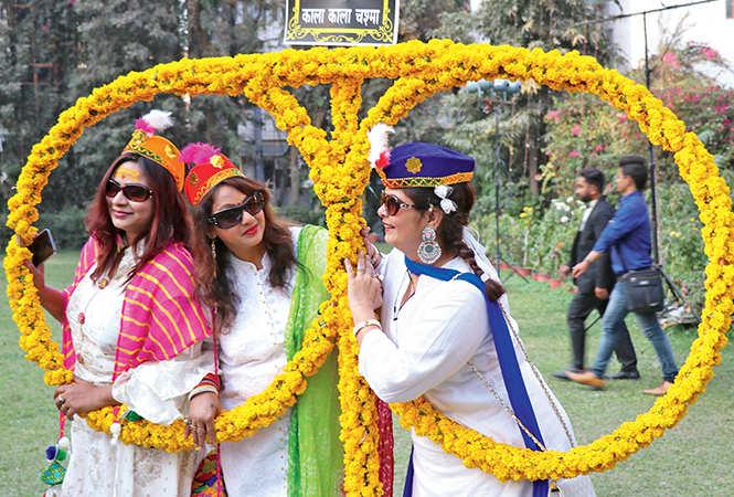 (L-R) Farhat Khan,  Sadhana Gupta and Roshni  Hirani  (BCCL/  Unmesh Pandey)