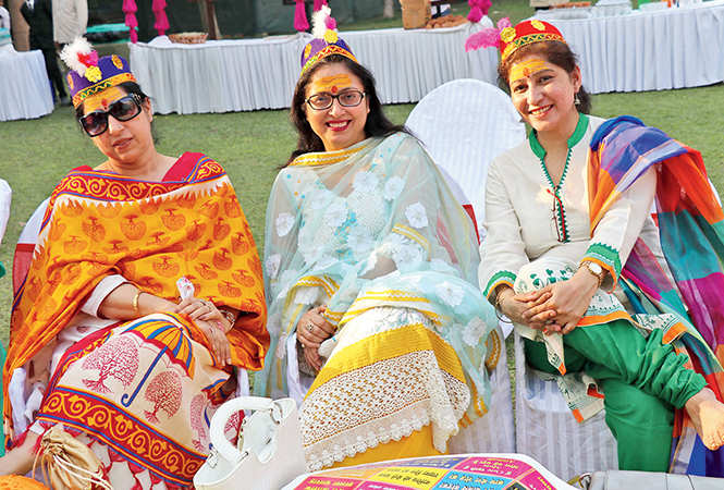 (L-R) Anita Kapoor, Ankita Kapoor and Komal Kapoor   (BCCL/  Unmesh Pandey)