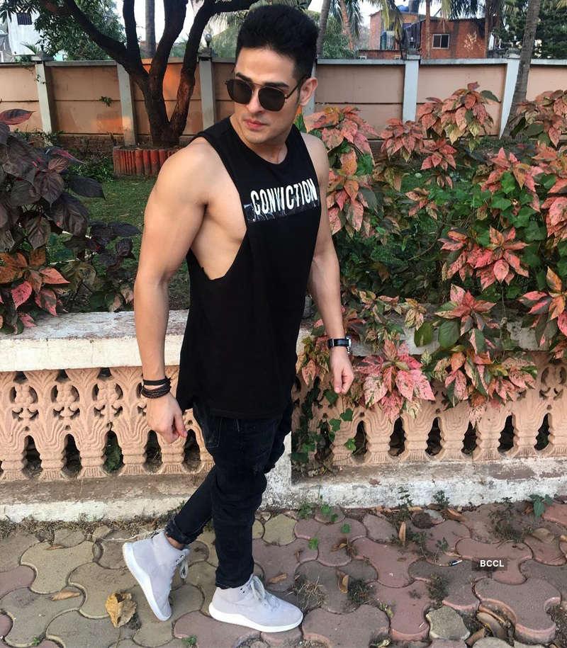 Bigg Boss 11's Priyank Sharma to star in Badshah and Aastha Gill's music video