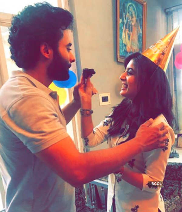 Is Kritika Kamra dating Jackky Bhagnani?