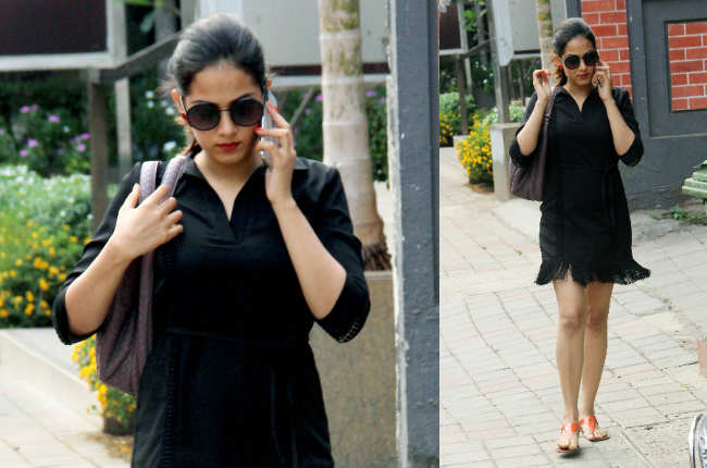 Mira Rajput black dress