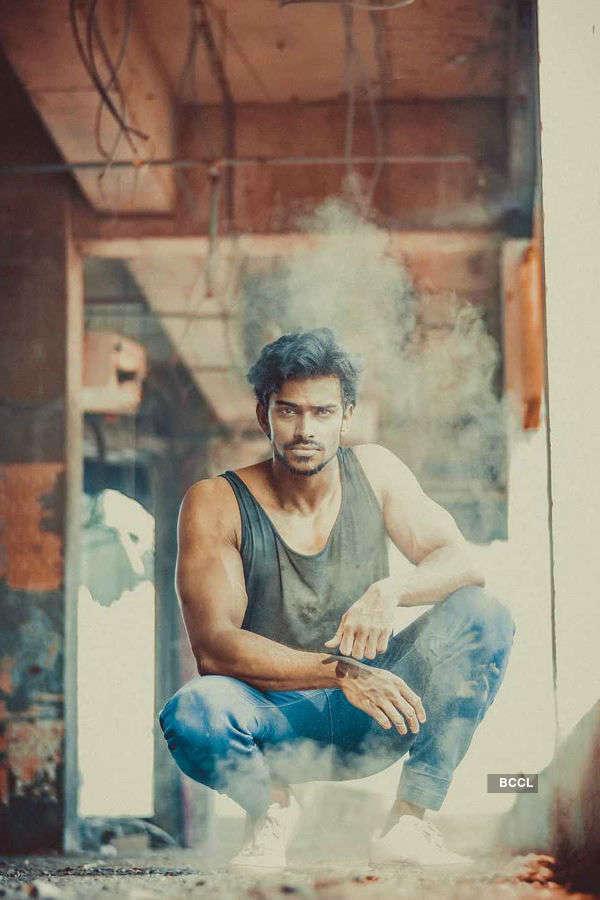 Vishnu Raj Menon looks class apart in these clicks