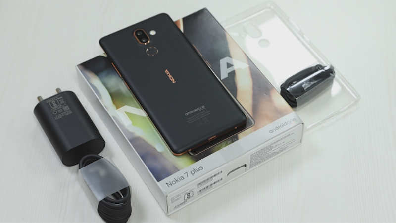 Unboxing: Nokia 7 Plus