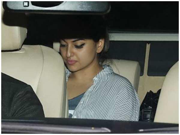 Sonakshi Sinha Visit Salman Khan Family Post Blackbuck Case Verdict