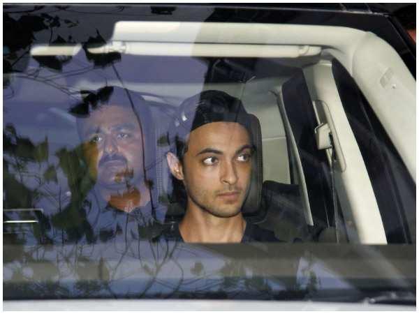 Aayush Sharma visit Salman Khan's family after blackbuck case verdict