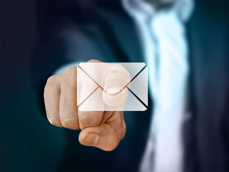 15 email habits that may make people hate you
