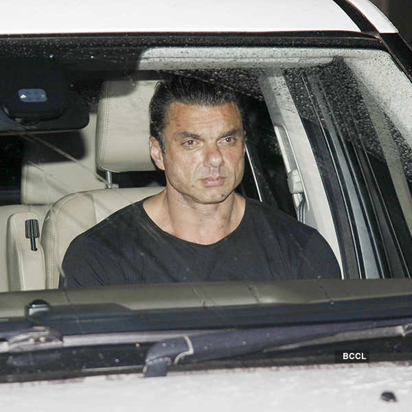 Celebs visit Salman Khan as he returns home after blackbuck case verdict