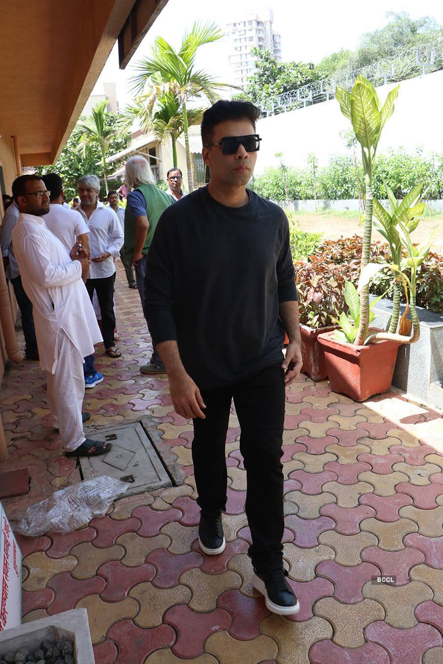 Celebs attend Nikkhil Advani's mother's funeral