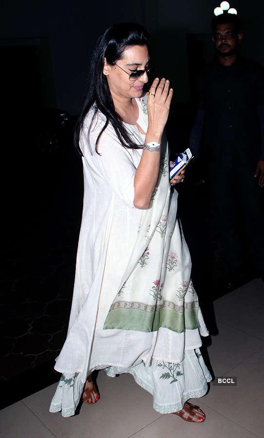 Celebs attend the prayer meet of Nikkhil Advani's mother Rekha Advani