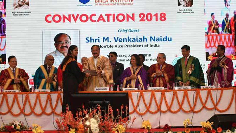 Students get emotional at convocation ceremony of BIMTECH, Greater Noida