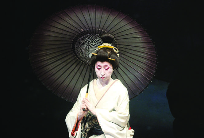 Director and performer Keiin Yoshimura in a scene from the play (BCCL)