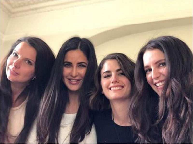 Photo: Katrina Kaif spends quality time with her sisters
