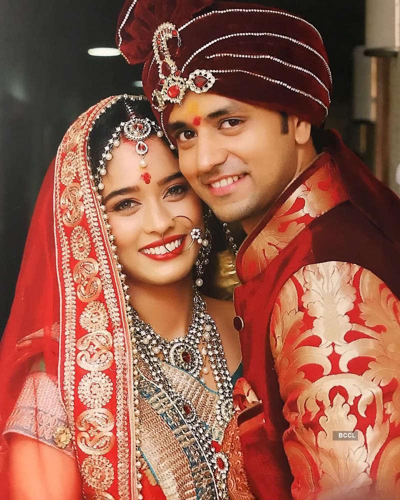 TV actors Shakti Arora and Neha Saxena tied the knot secretly