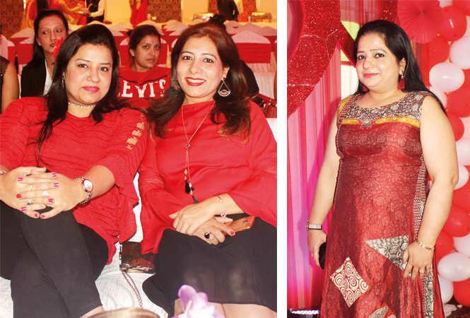 Namita and Soniya (R) Payal (BCCL/ Arvind Kumar)