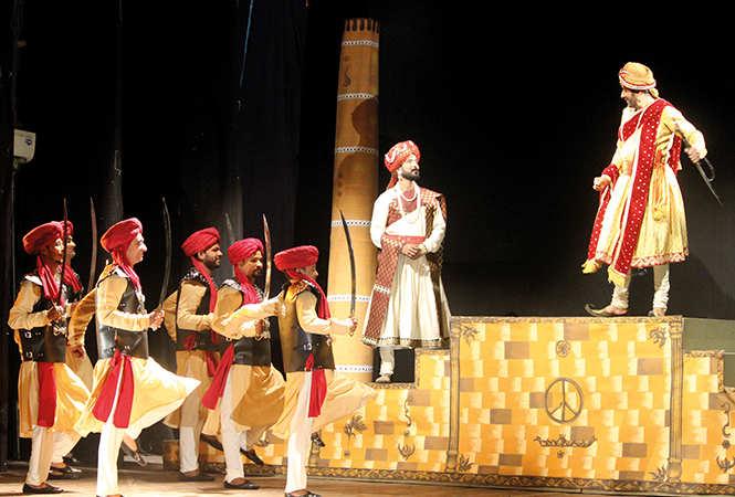 A scene from the play Ghazab Teri Adaa (BCCL/ Arvind Kumar)