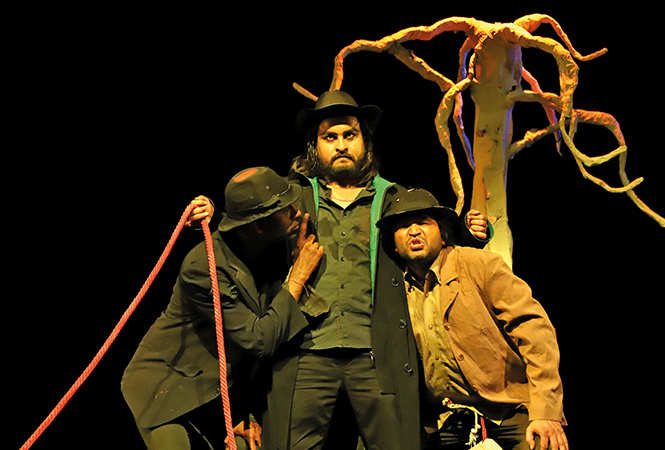 A scene from the play Wating For Godot (BCCL/ Arvind Kumar)