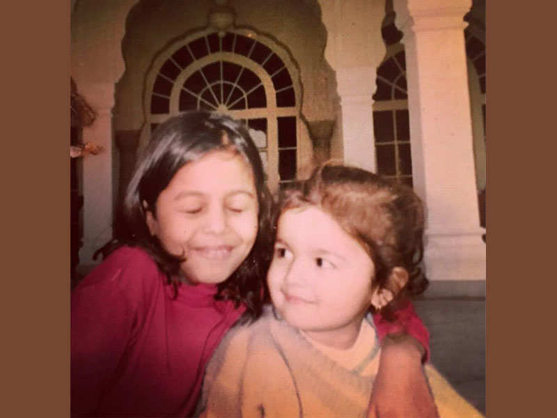 Image result for alia and shaheen bhatt