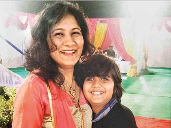 Uzair Basar with his mother Shamim Basar