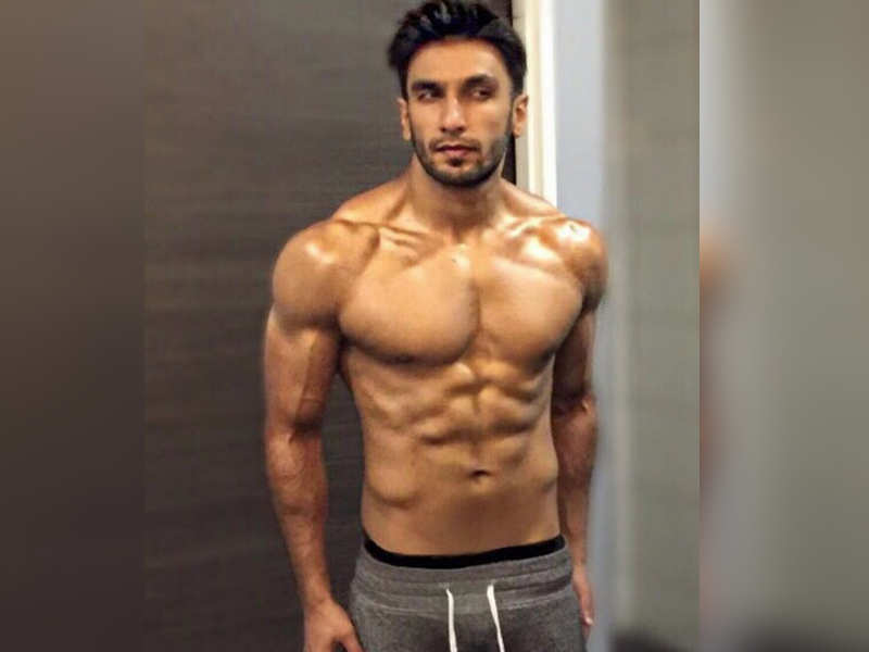 ranveer singh flaunts his chiselled body to give you monday motivation