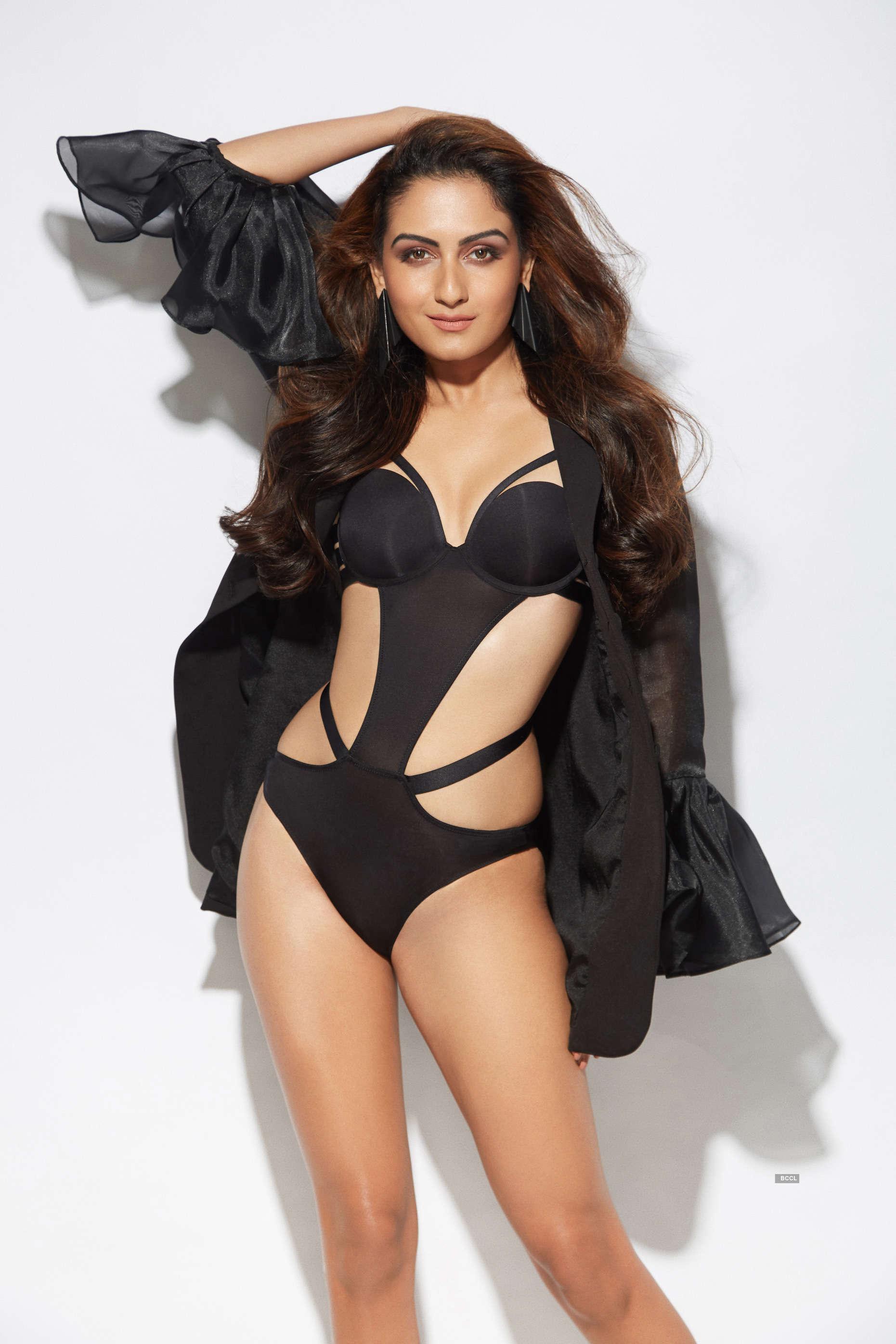 Meet the svelte Indian model, Zaara Yesmin