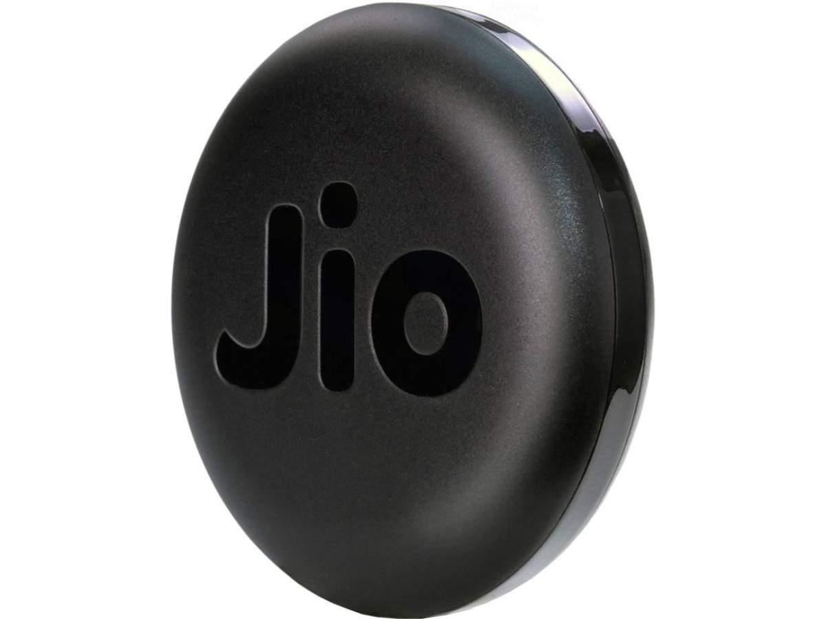 JioFi JMR815 wireless data card - Rs 999