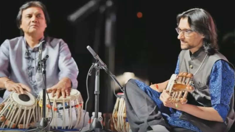 A weekend of jugalbandi: Delhi applauds classical music maestros