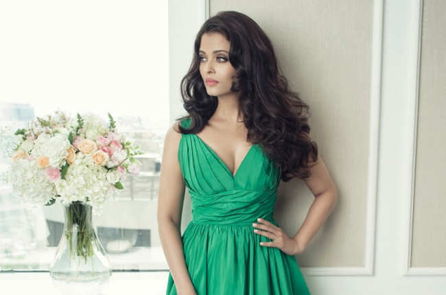 Aishwarya Rai in sexy green