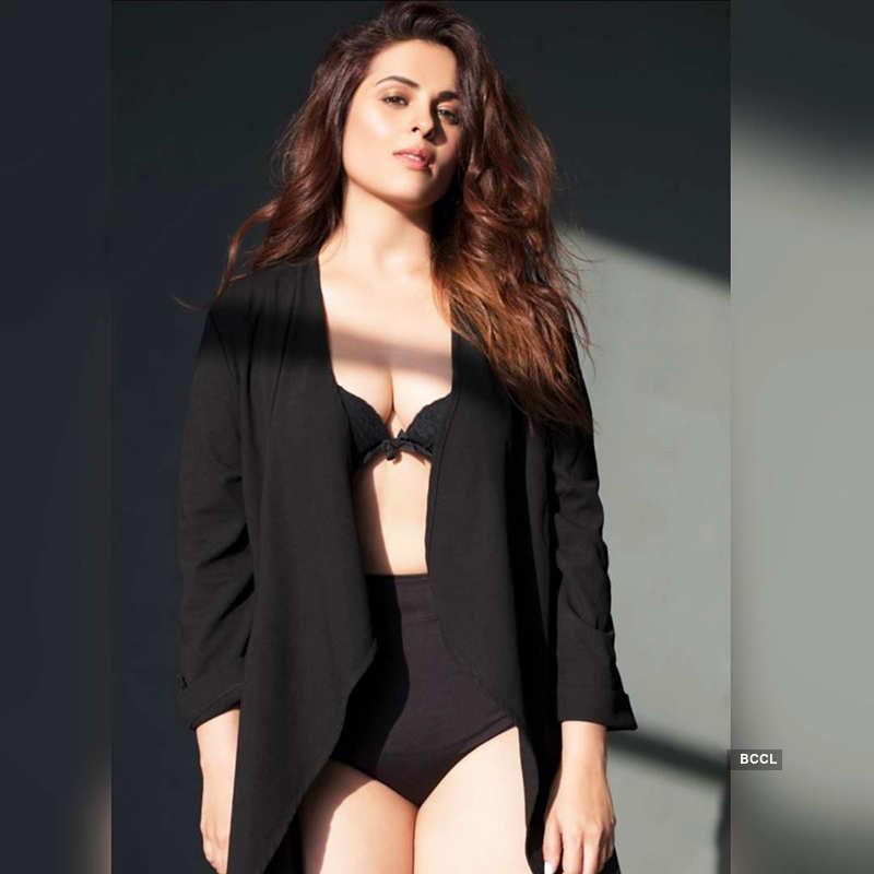 Anjana Sukhani's photoshoot