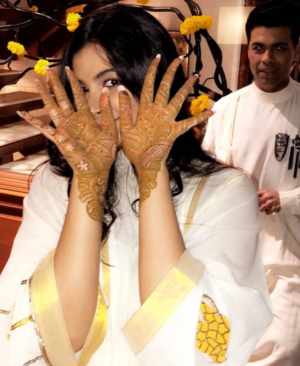 Sonam Kapoor Mehendi Ceremony Photos And Videos Sonam Kapoor Looks
