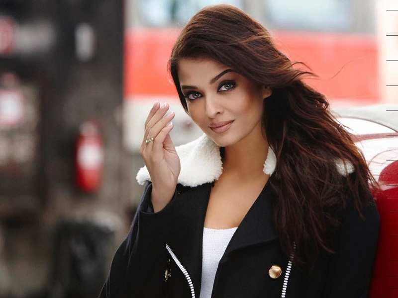 Aishwarya Rai Bachchan All Set To Make Her Instagram Debut