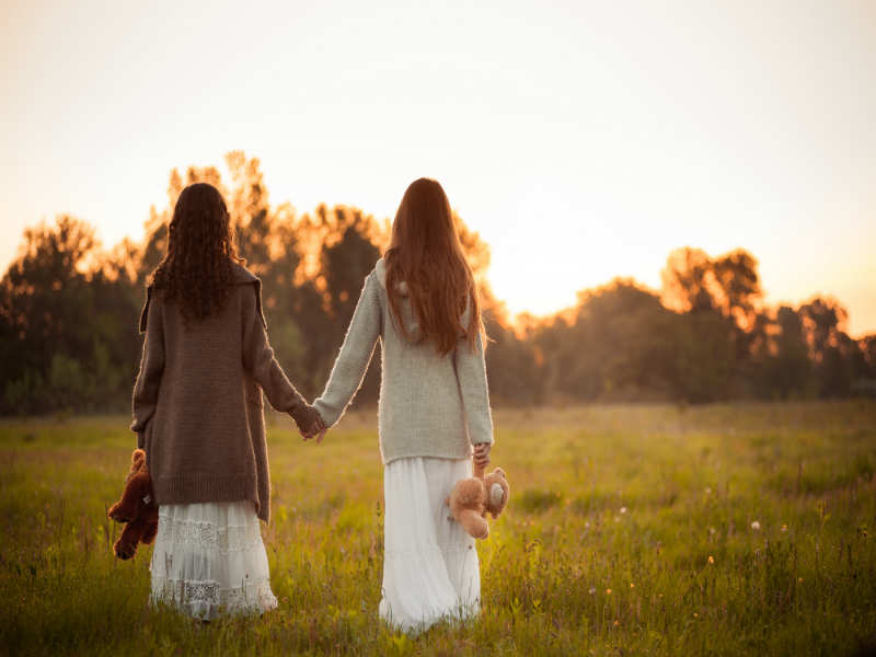 Why Losing A Best Friend Hurts Way More Than Breaking Up