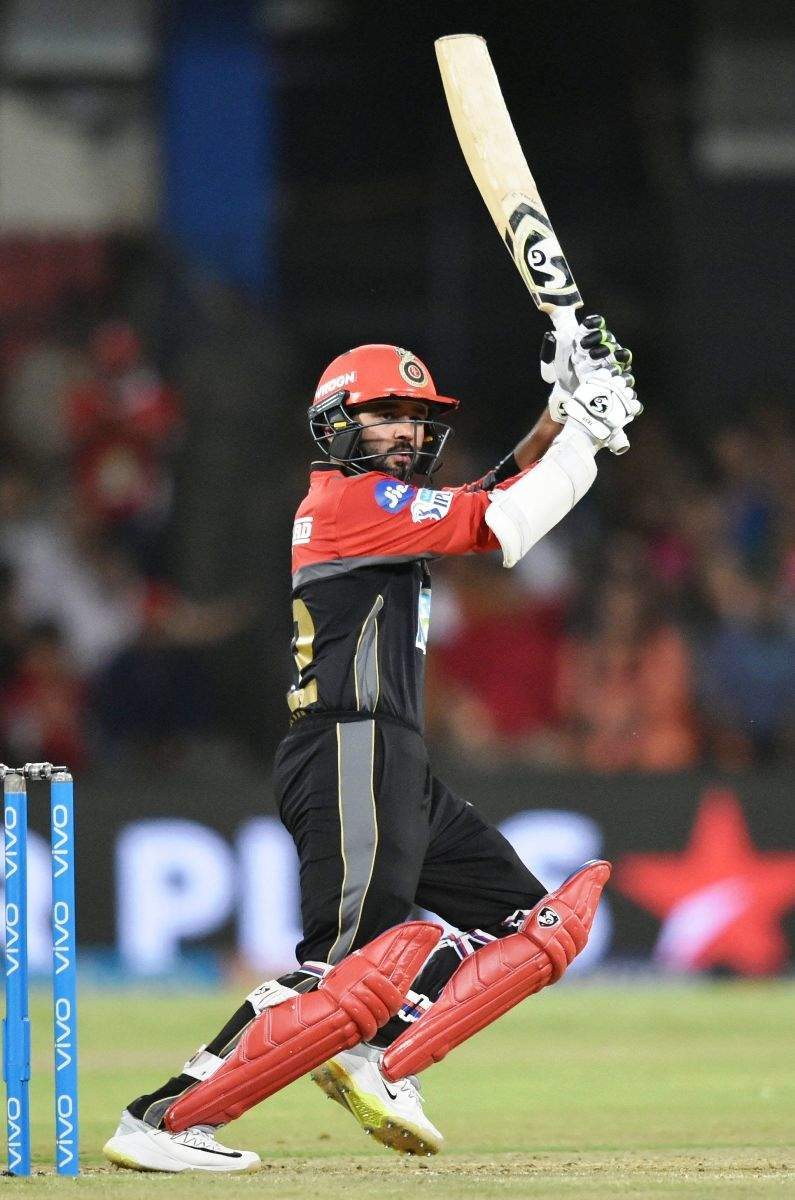 Royal Challengers Bangalore thrash Kings XI Punjab by 10 wickets
