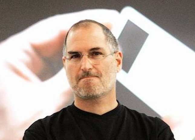 17 years ago, Steve Jobs forever changed the way gadgets are sold | Gadgets Now