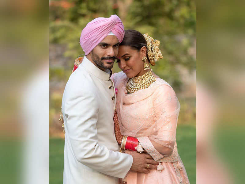 Angad Bedi and Neha Dhupia's throwback wedding picture is priceless