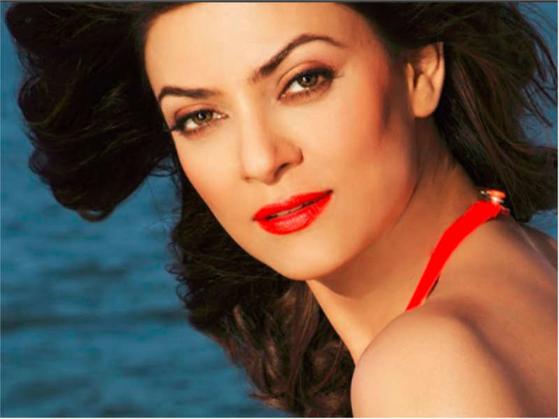 Sushmita Sen gets nostalgic as she completes 24 years of being crowned the Miss Universe - Bollywood celebs' Instagram pics you should not miss!  | The Times of India