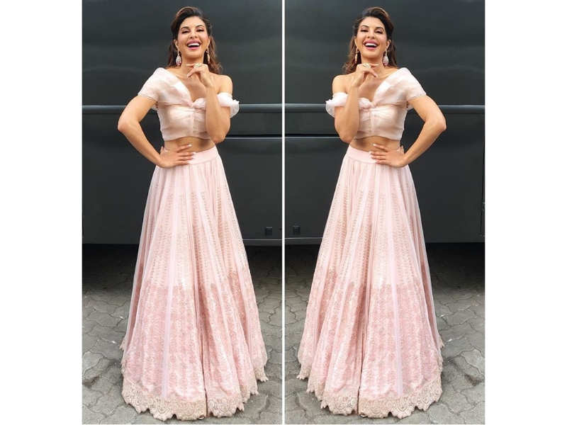 78214b7423f0 01/6Jacqueline Fernandez has given us the daytime lehenga of our dreams